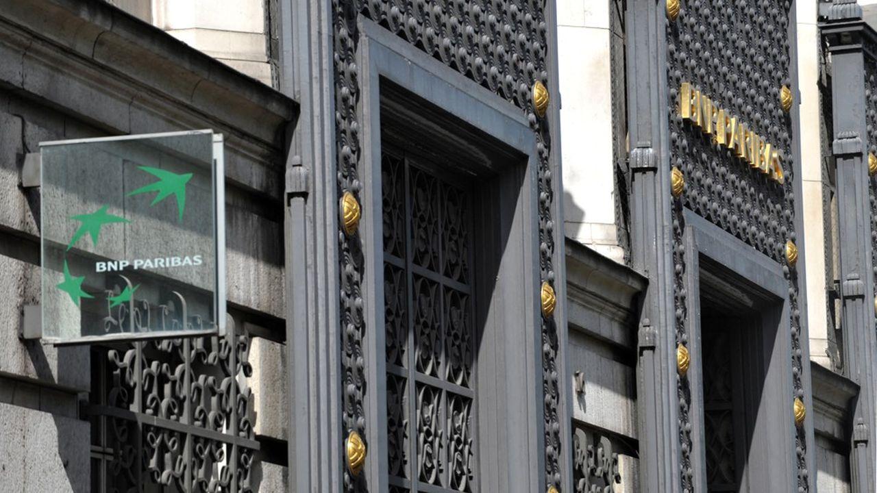 BNP Paribas rénove actuellement son siège social à Paris. Dans le même temps, le groupe multiplie les cessions d'actifs immobiliers.