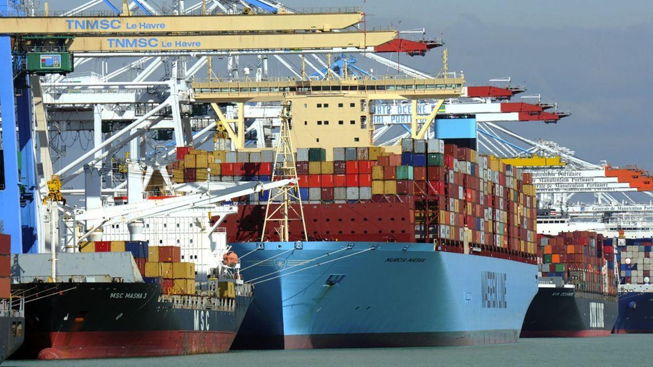 Premier port à conteneurs français, le port duHavre a signé ce lundi un «accord de relance» avec les chargeurs, propriétaires de la marchandise d'un montant de 3millions d'euros. La mesure vise à réduire les frais de stationnement prolongé de leurs conteneurs sur les terminaux de manutention, en raison des 14 jours de grève et blocages.