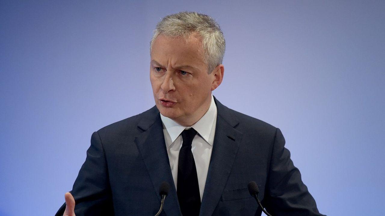 Le ministre français de l'Economie a demandé mardi aux industriels français de la Défense d'étudier au plus près une solution de reprise du leader français de la vision nocturne. (Photo by ERIC PIERMONT/AFP)