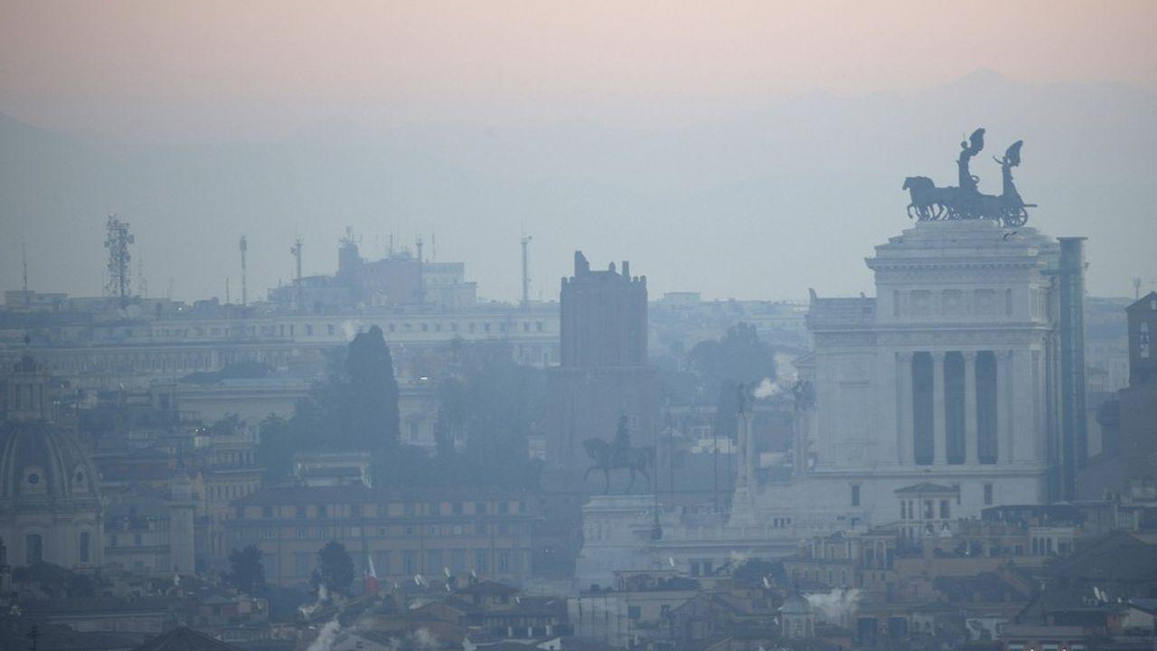 L'Europe va devoir revoir à la hausse ses objectifs de réduction des émissions carbone d'ici 2030.