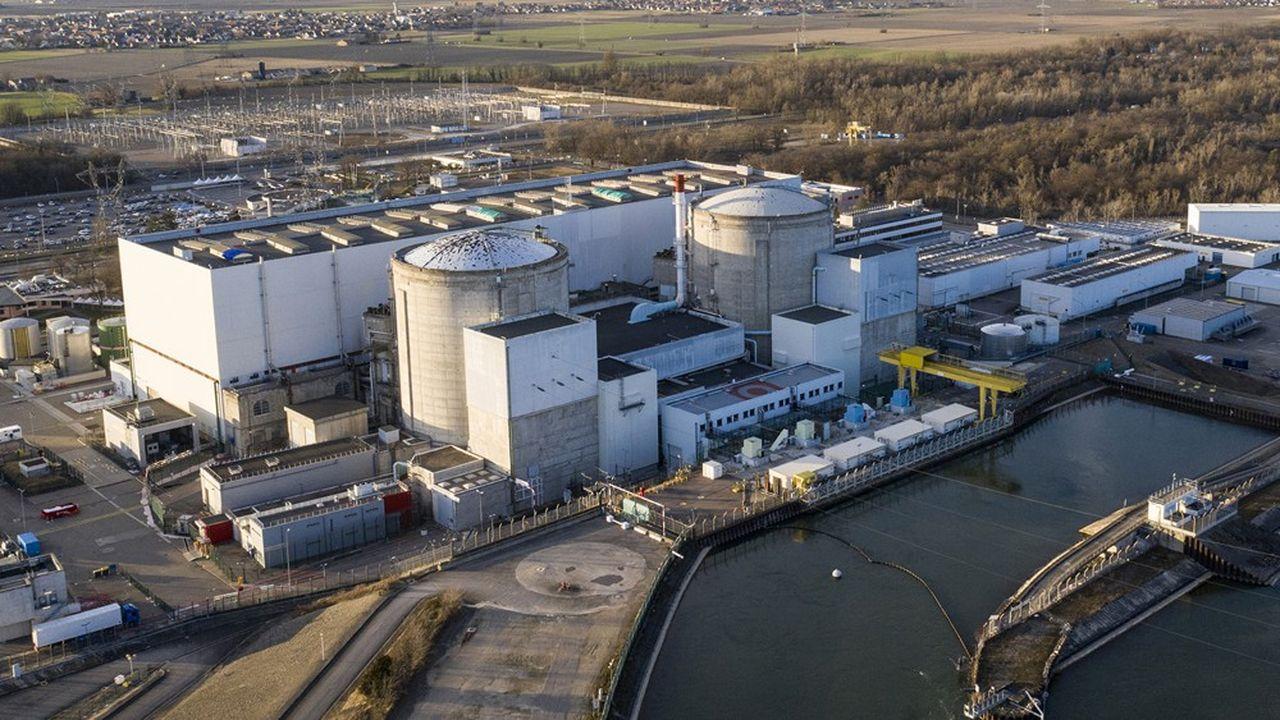 La centrale nucléaire de Fessenheim dont l'un des deux réacteurs vient d'être arrêté définitivement.
