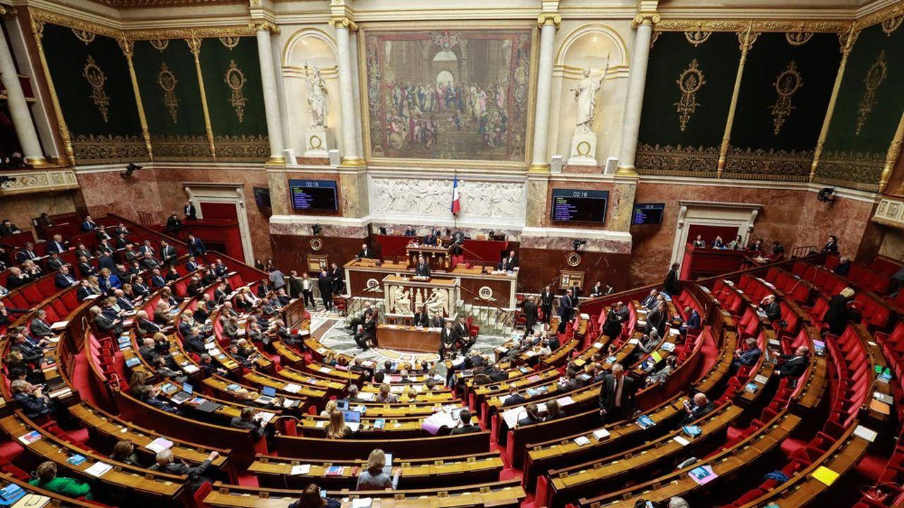 Le projet de loi ordinaire de réforme des retraites ayant été adopté mardi soir, l'examen du projet de loi organique a débuté ce mercredi à l'Assemblée nationale.