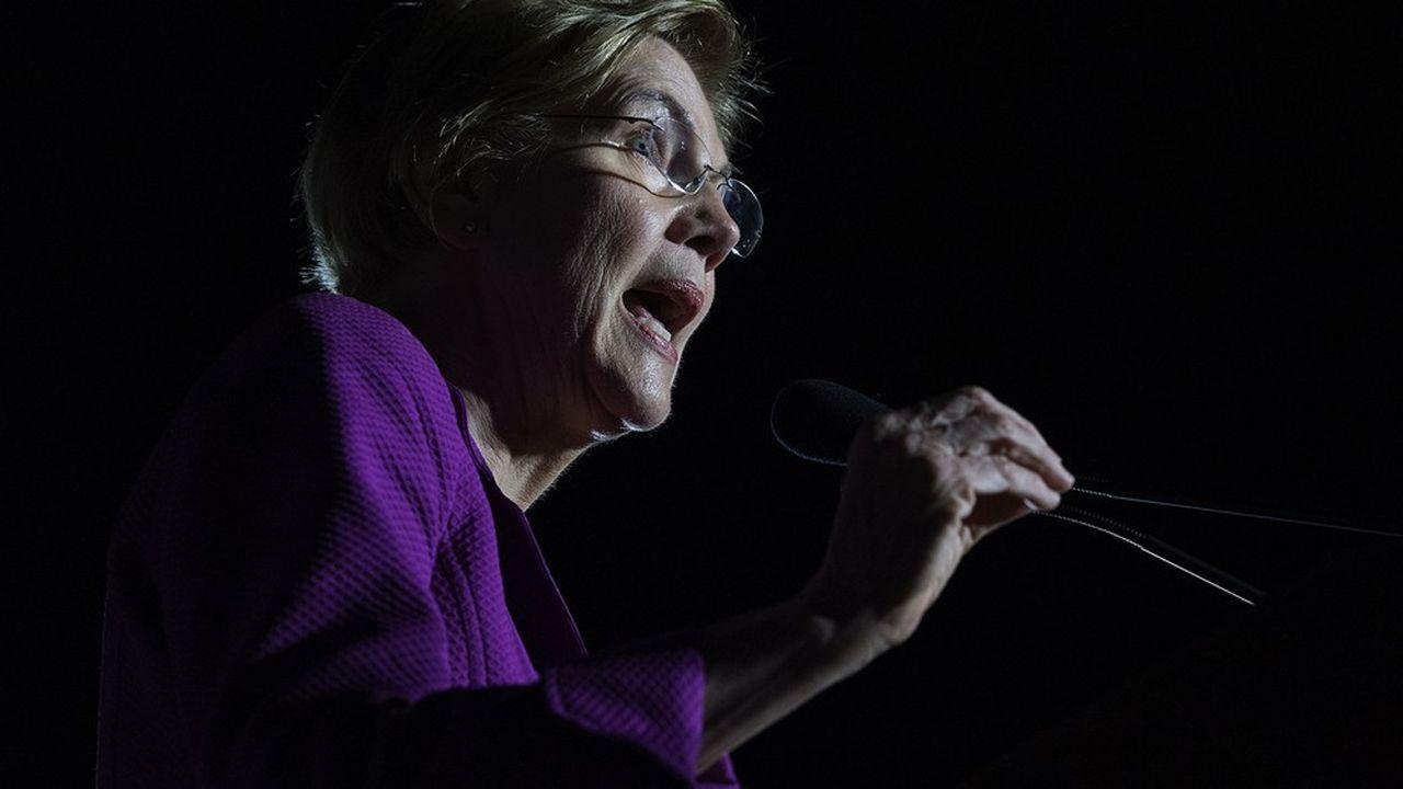 La sénatrice du Massachusetts était, jusqu'en octobre dernier, la révélation de la pré-campagne, avec l'espoir de devenir, à 70 ans, la première femme présidente des Etats-Unis.