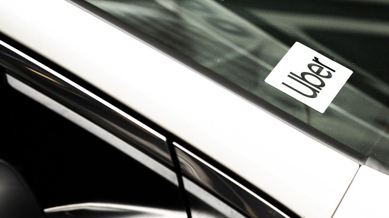Les conditions contractuelles imposées par la plateforme Uber ont conduit la Cour de cassation à requalifier un de ses chauffeurs en salarié le 5mars.