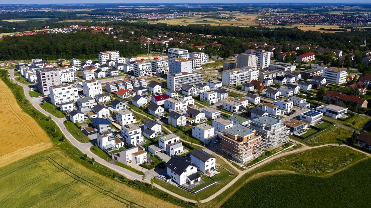 A l'heure de la protection de la planète, des économies d'énergie, de la quête du partage, de la convivialité et de la connectivité, l'immobilier résidentiel évolue.