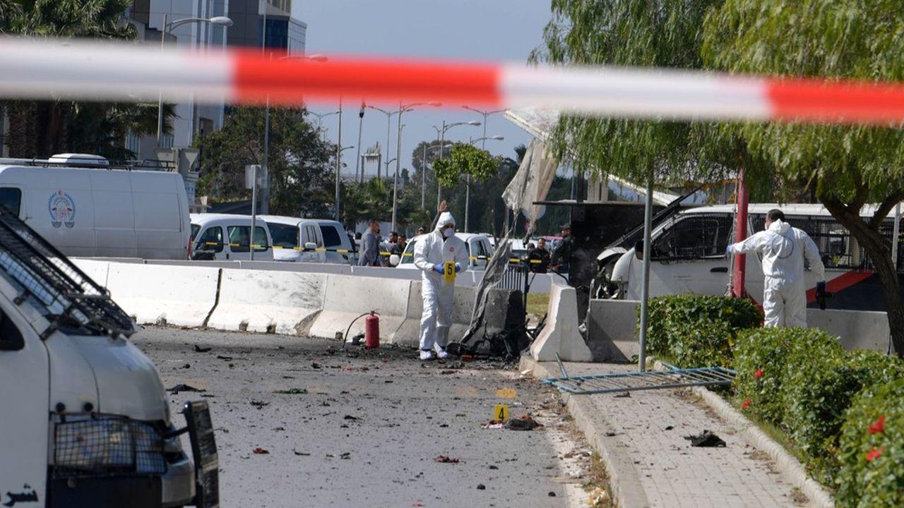 L'assaillant a péri en tentant de forcer l'entrée de l'ambassade des Etats-Unis à Tunis.