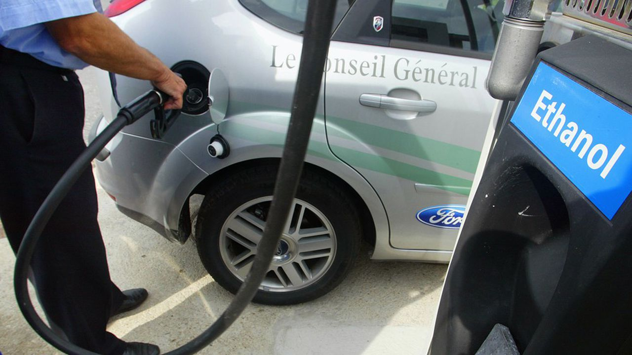 La PPE prévoit l'intégration de 3,8 % de biocarburants avancés dans l'essence et 2,8 % dans le gazole à horizon 2028.