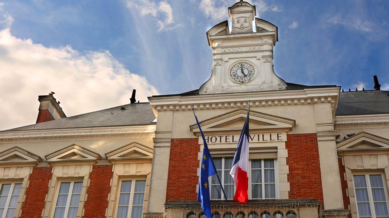 L'Association des maires de France relativise le rôle joué par la fiscalité locale dans l'écart de compétitivité de la France avec ses voisins.