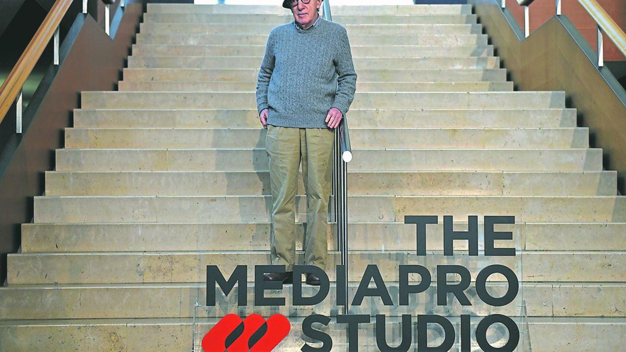Alors que le studio Amazon a rompu son contrat avec Woody Allen, bloquant la sortie aux Etats-Unis de son dernier film, «A Rainy Day in New York», ce derniera été projeté en France en ouverture du Festival du cinéma américain. (Photo by ANDER GILLENEA/AFP)