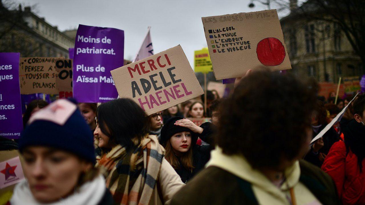 Selon les organisateurs, 60.000 personnes ont manifesté dimanche à Paris.