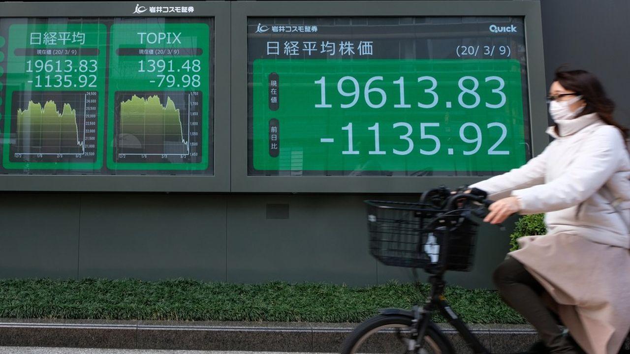Les traders de la région Asie-Pacifique sont désormais convaincus que la crise sanitaire sera globale et ne permettra pas un rebond rapide de l'activité dans le monde.