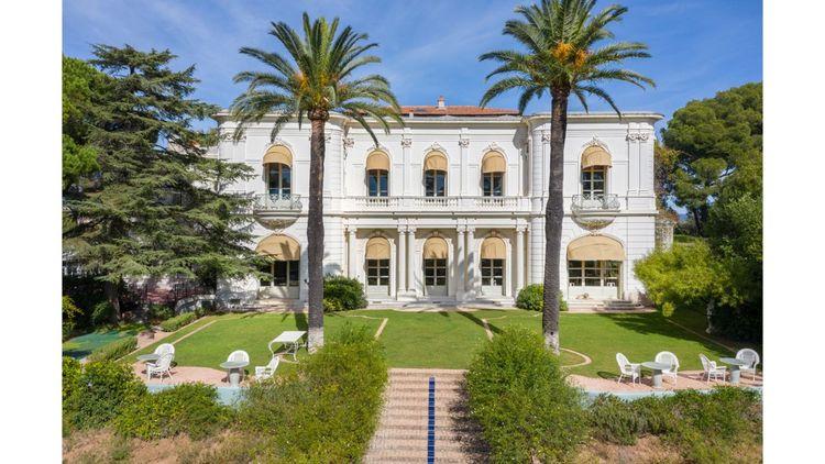Villa Rocabella à Hyères vendue 14millions d'euros.
