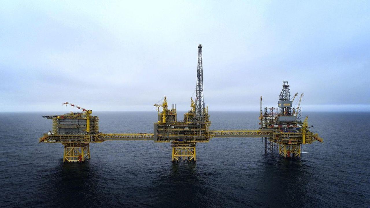 Les projets en mer les plus coûteux pourraient être les premiers à souffrir si les compagnies pétrolières réduisent leurs investissements.