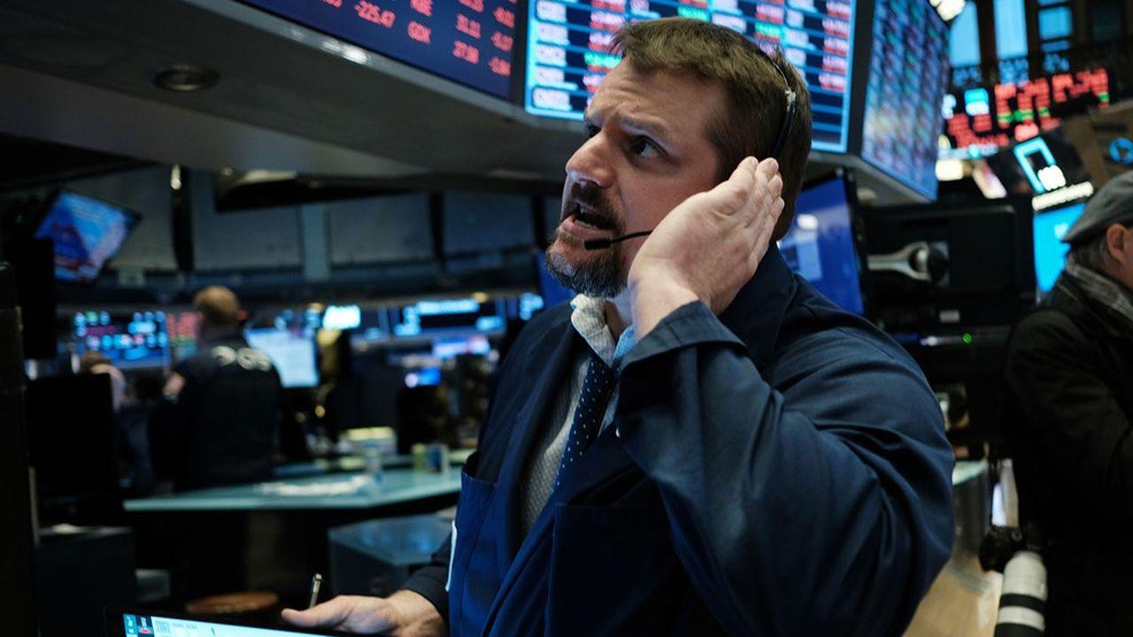 La veille, les Bourses européennes ont clôturé en baisse dans une fourchette allant de 8% à 11%.
