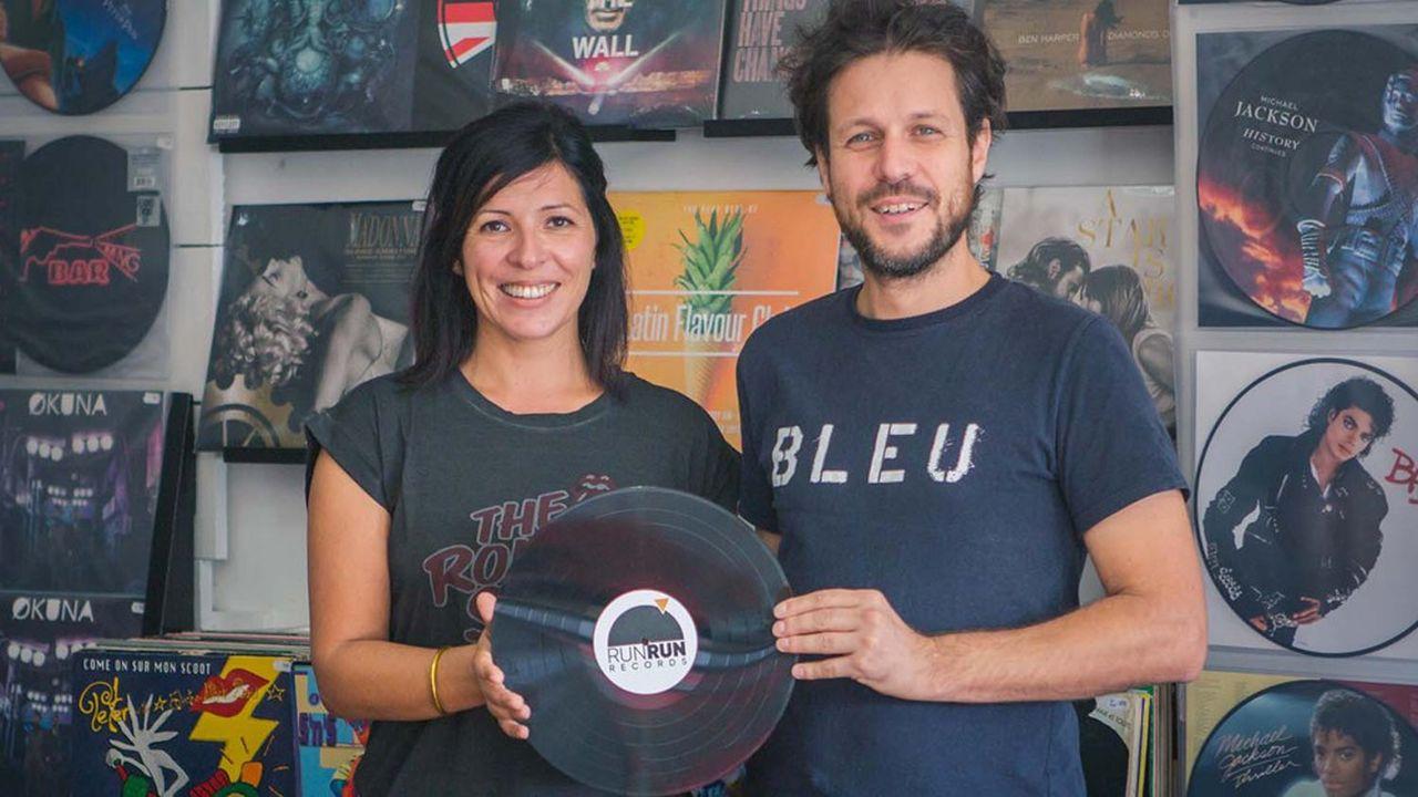 Il y a trois ans, le couple d'entrepreneurs a décidé de relancer une activité de fabrication de disques sur l'île.