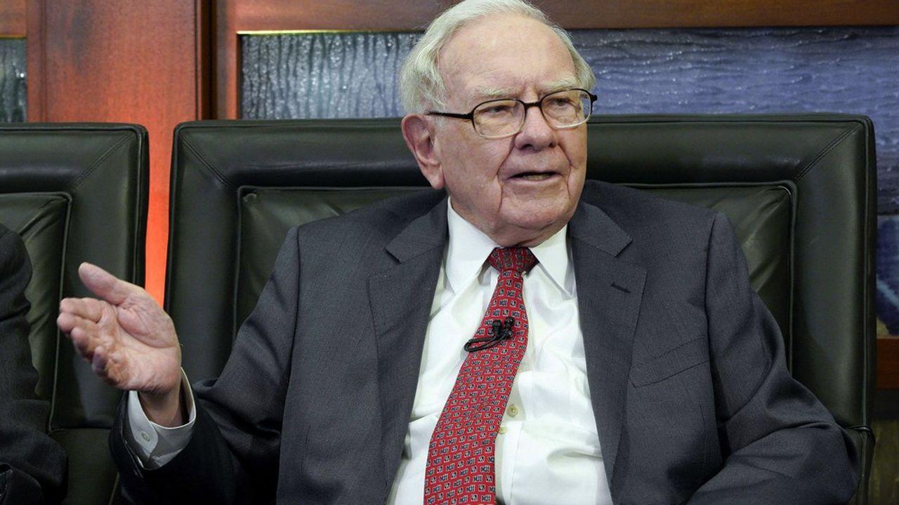 Surnommé l'oracle d'Omaha, Warren Buffett a bâti sa fortune estimée à plus de 80milliards de dollars grâce à des prises de participation de long terme et souvent majoritaires via sa société Berkshire Hathaway.