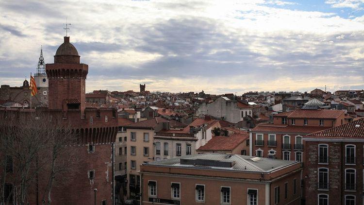Vue sur le Castillet et le centre de Perpignan