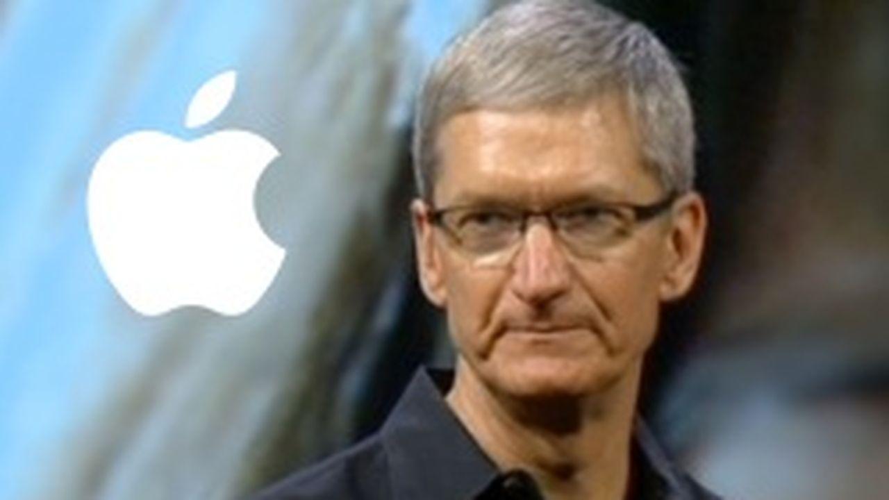 4432_1359111277_tim-cook-apple-steeve-jobs.jpg