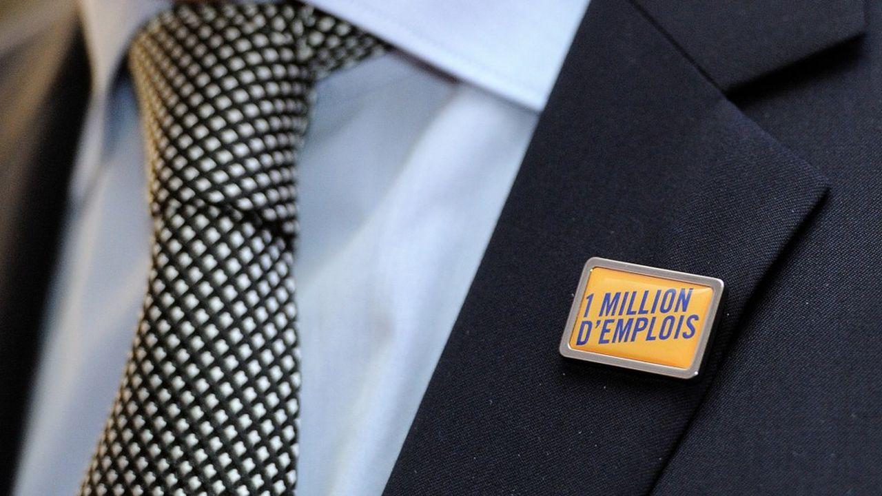 En septembre2014, le Medef et son ancien président Pierre Gattaz, affirmait site web dédié et pin's à la clef, que créer 1million d'emplois en cinq ans était possible si le gouvernement optait pour une politique de l'offre.
