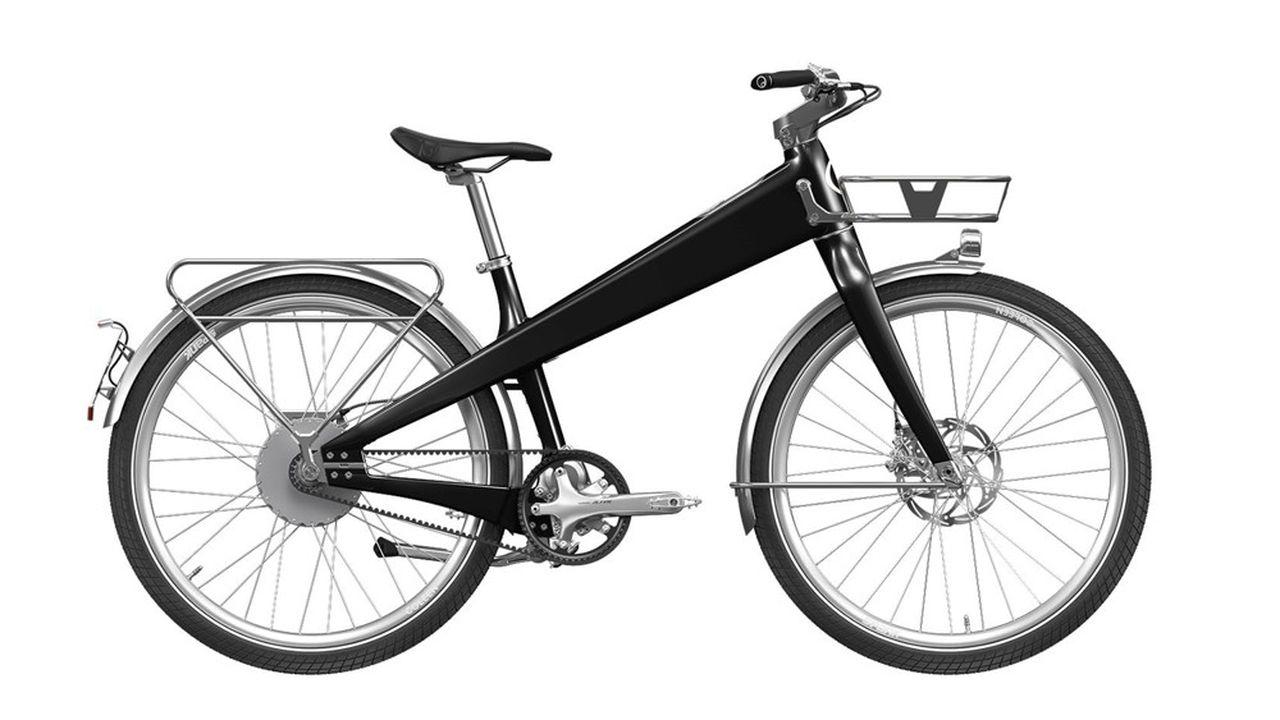 Les 250 à 300 pièces de la bicyclette sont réalisées à la main.
