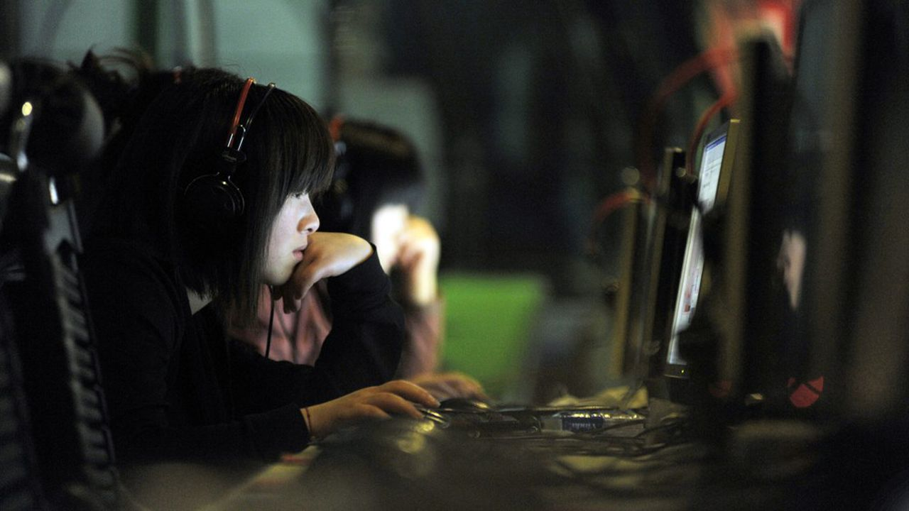 Avant d'agir, la Chine a censuré toute référence à un virus qui partait de Wuhan.