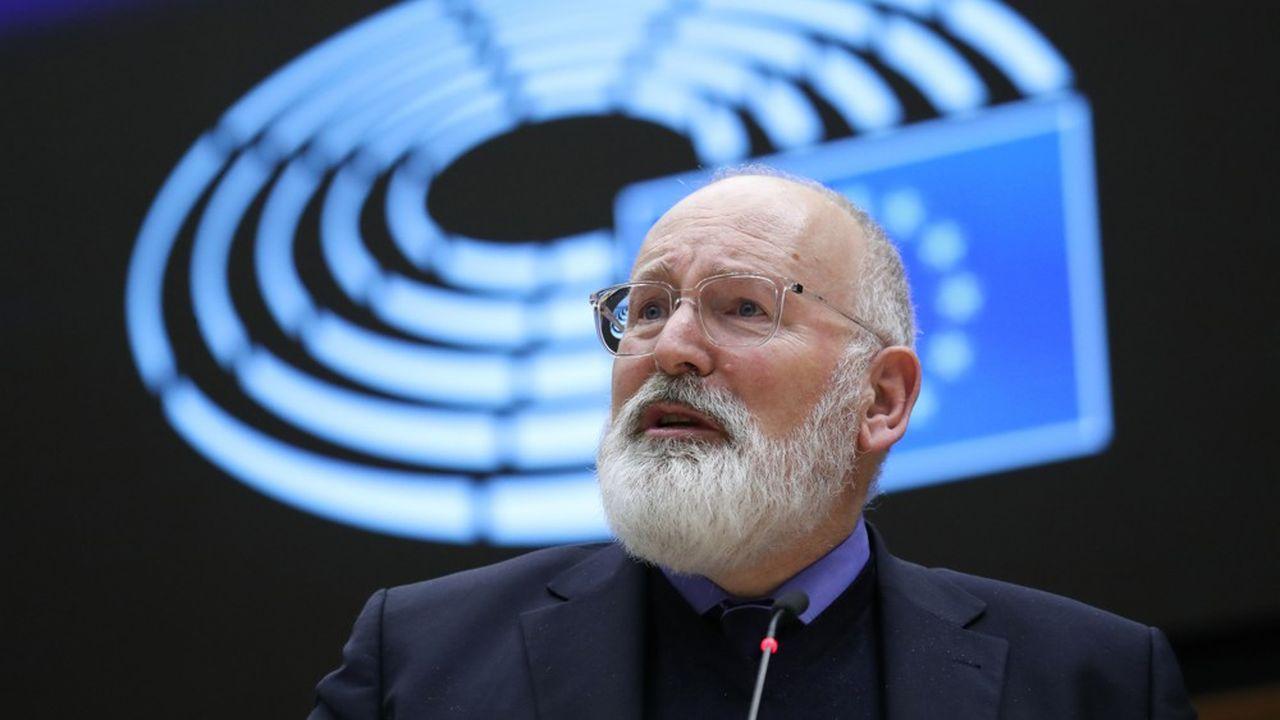 Frans Timmermans, en charge du «Pacte vert» à la Commission européenne, souligne que «pour parvenir à la neutralité climatique d'ici à2050, préserver notre environnement et renforcer notre compétitivité, notre économie doit être totalement circulaire».