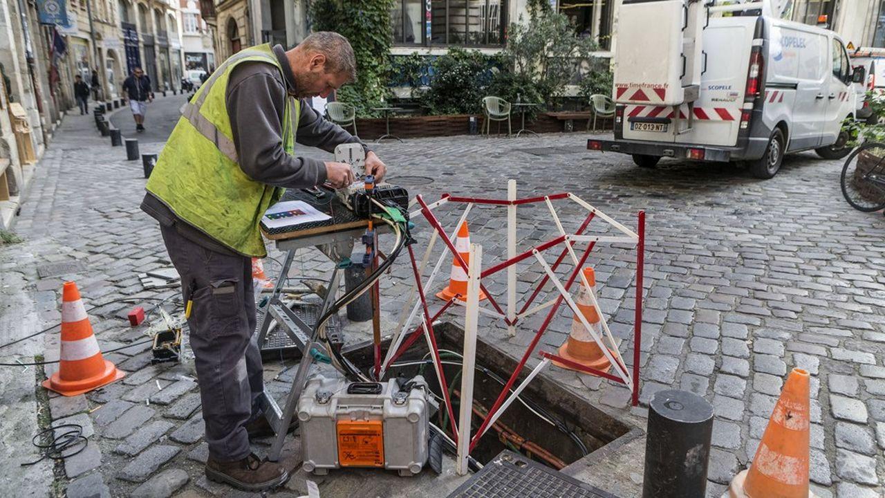 Fin 2019, 7millions de Français et d'entreprises étaient abonnés à la fibre, selon les chiffres de l'Arcep, le régulateur du secteur.