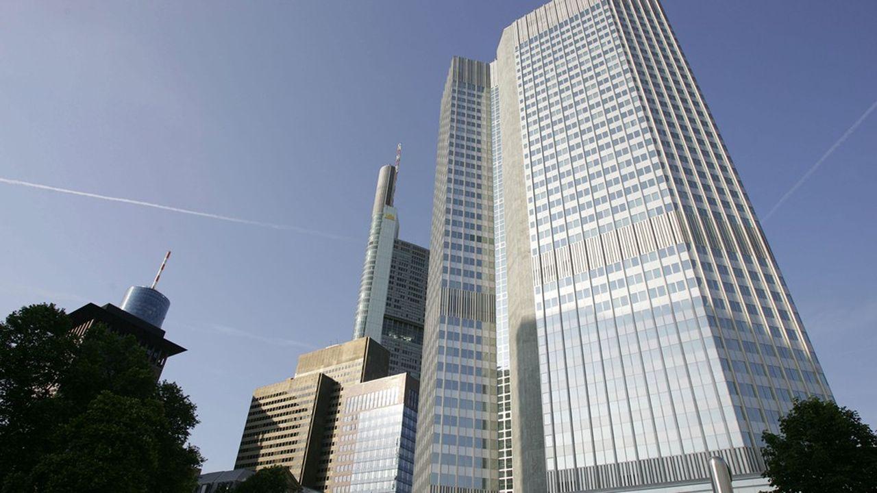 La BCE assure via le Mécanisme de supervision unique (MSU) le suivi des grandes banques de la zone euro.