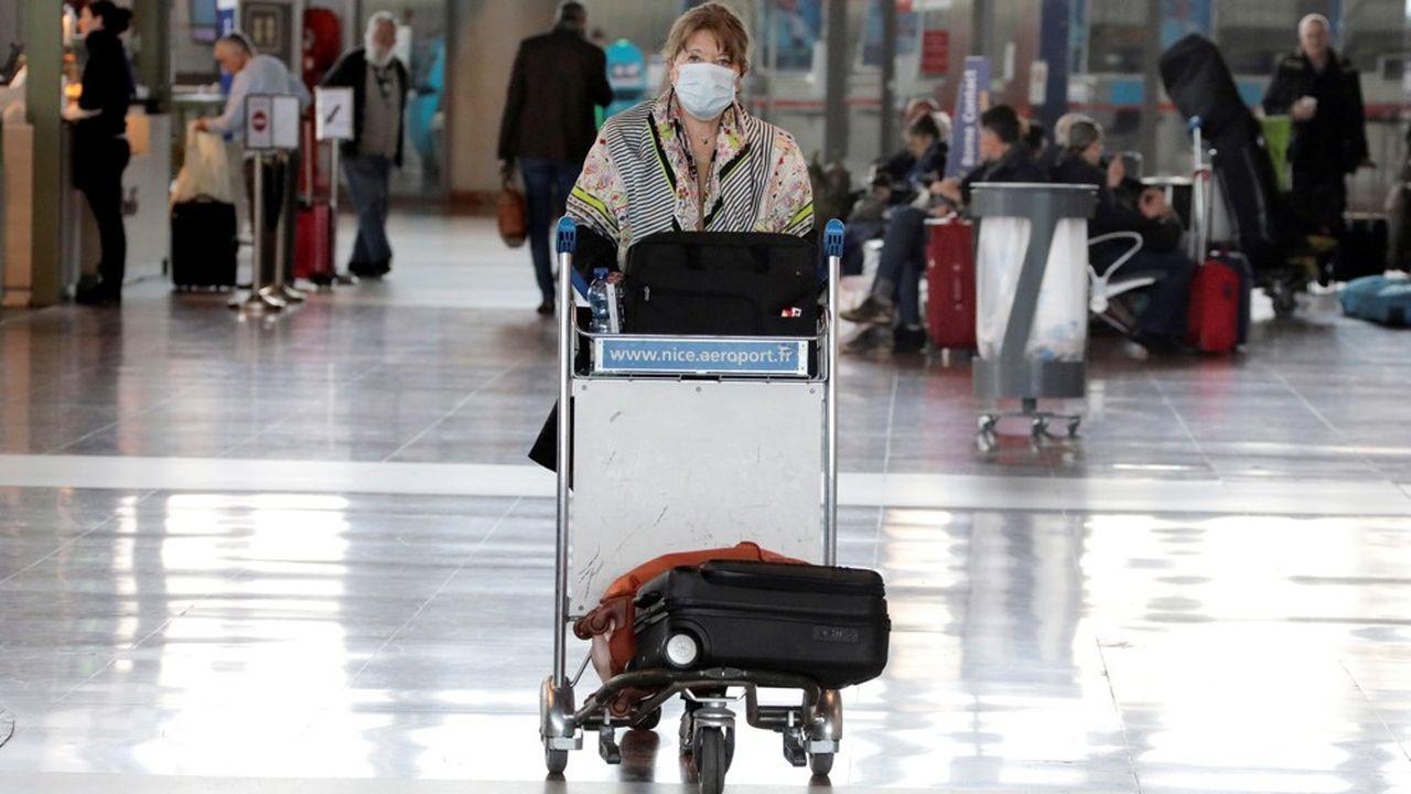 Les règles de l'Union Européenne relatives aux droits des passagers aériens stipulent que les voyageurs ont le «droit à un remboursement» en cas d'annulation de vol.