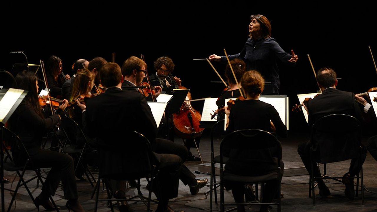 Le Paris Mozart Orchestra - dirigé par Claire Gibault - le PMO en concert au Théâtre des Quinconces auMans (16 octobre 2015).
