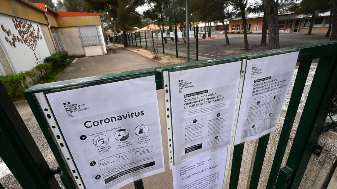 Les établissements scolaires sont fermés dans une dizaine de pays européens.