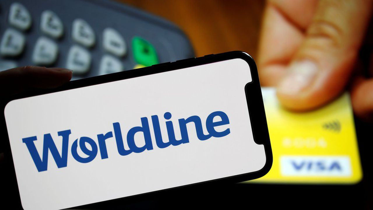 A logo of payments company Worldline is seen in the illustration picture taken February 3, 2020. REUTERS/Christian Hartmann/Illustration