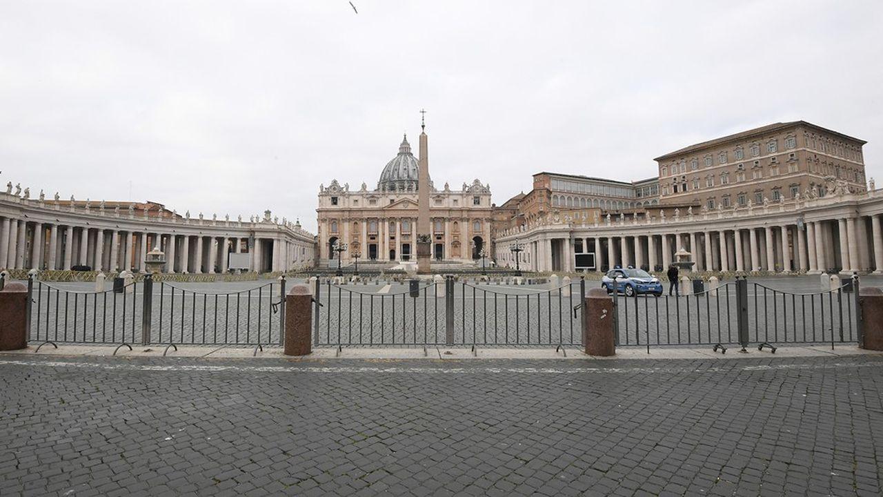 A Rome, même la Basilique Saint-Pierre est fermée, ce qui n'avait pas été le cas pendant le second conflit mondial.
