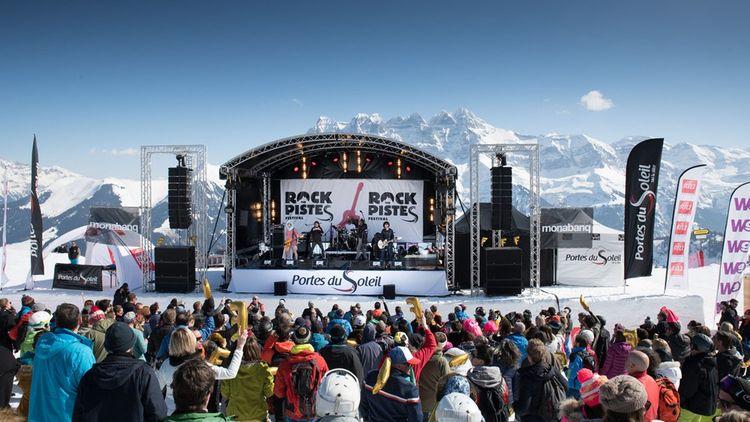 Réparti sur plusieurs pistes du domaine des Portes du Soleil à 1.500 mètres d'altitude, le festival séduit les skieurs et les artistes.