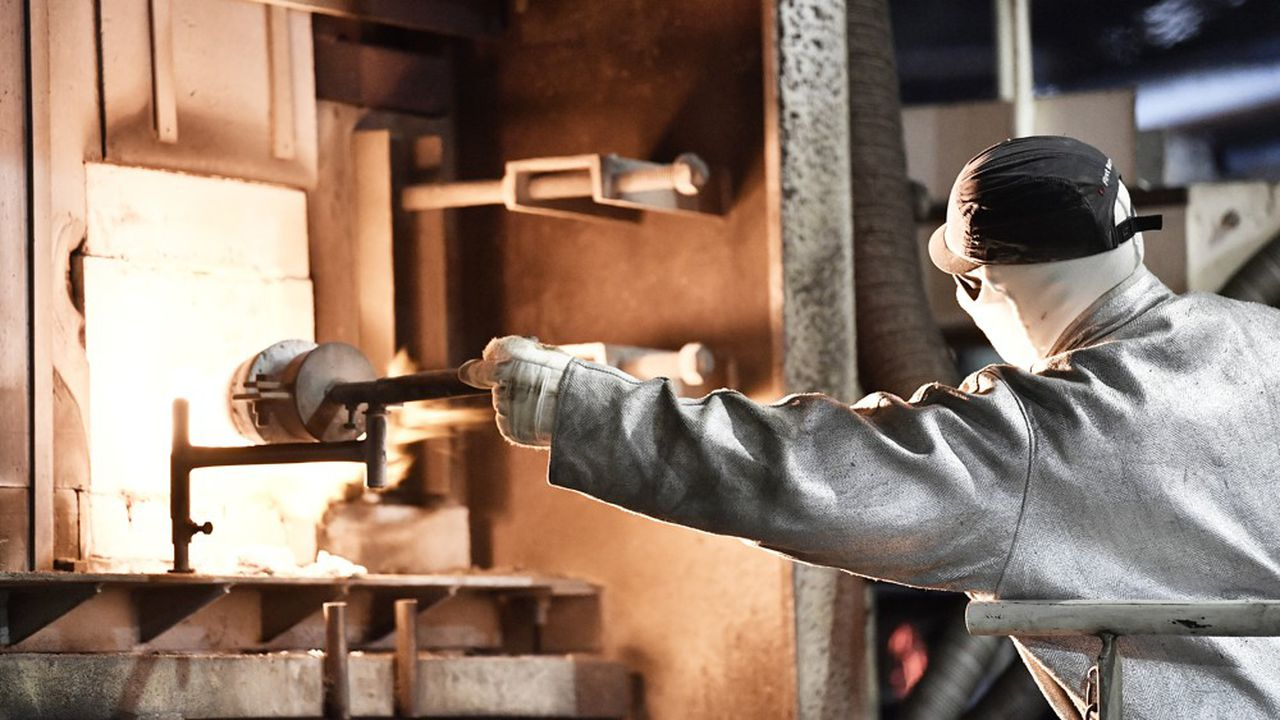 Les fours fabricant la matière première du verre à très haute température fonctionnement aujourd'hui majoritairement au gaz.