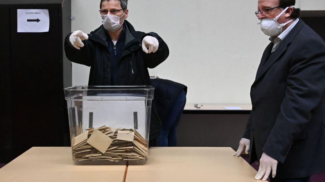Un bureau de vote à Strasbourg, ce dimanche.