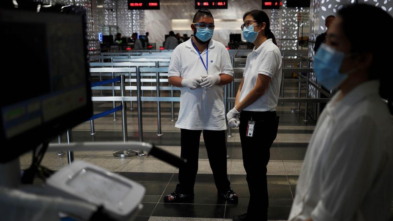 Singapour a multiplié les contrôles pour dépister le coronavirus et a ainsi évité le confinement de l'ensemble de la population.