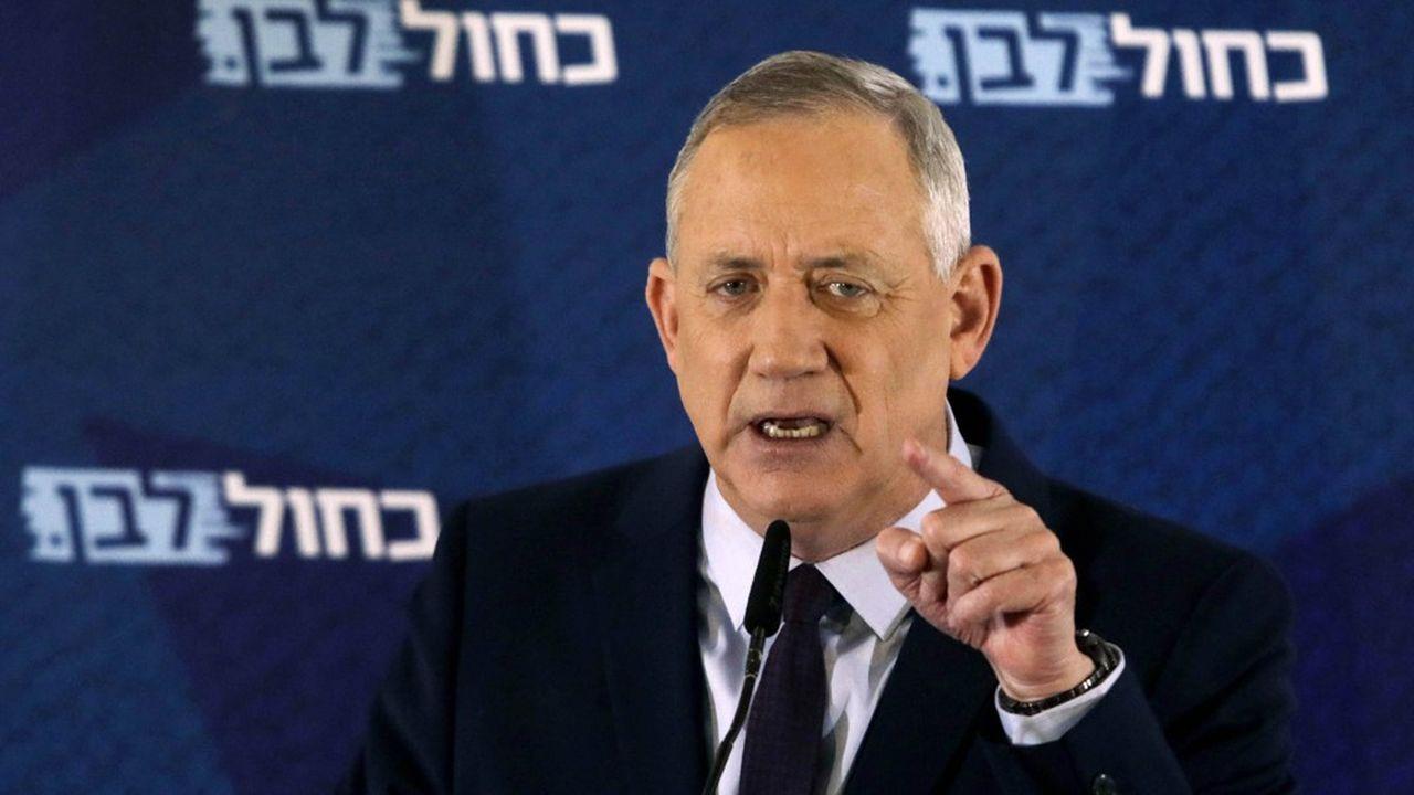 Benjamin Netanyahou n'ayant pas obtenu le soutien d'au moins 61 élus de la Knesset, c'est à Benny Gantz, dont le parti est arrivé en deuxième position aux dernières élections que le président Reuven Rivlin a confié la formation d'un gouvernement.