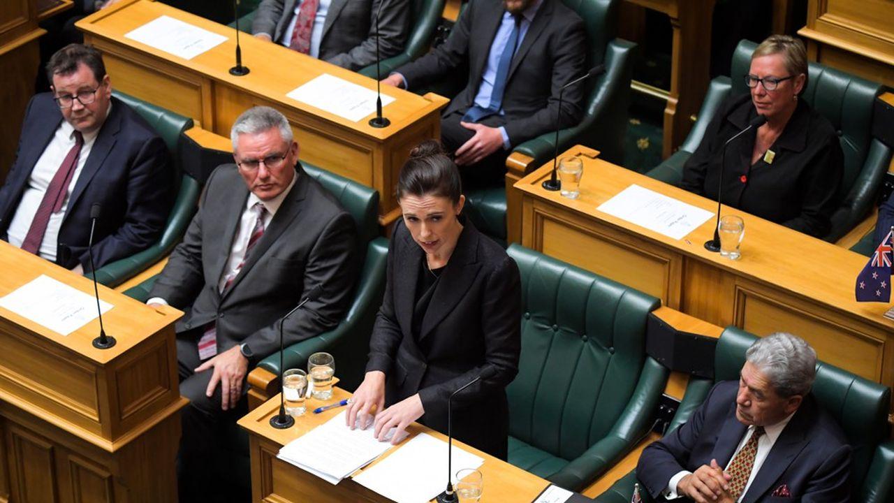 Jacinda Ardern, la Première ministre néo-zélandaise, est en première ligne pour lutter contre la pandémie de Covid-19.
