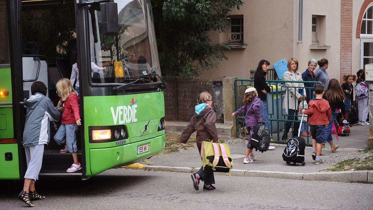 En quelques jours, c'est la plus grosse partie de l'activité des entreprises de transport scolaire qui a été dynamitée.