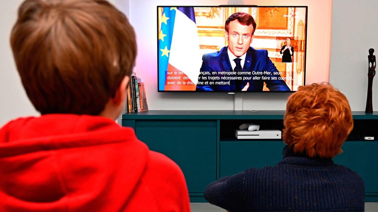 Plus de 35millions de personnes ont suivi l'allocution d'Emmanuel Macron sur l'intégralité des chaînes qui la diffusaient (TF1, France 2, France 3, M6, C8, TMC, L'Equipe, BFMTV, LCI, CNews et franceinfo) lundi soir.