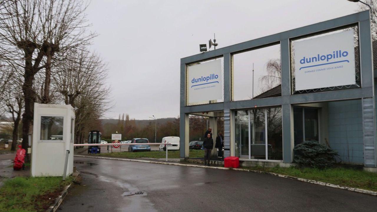 Dunlopillo emploie environ 180 personnes en CDI réparties entre les sites de Limay et de Mantes-la-Jolie.