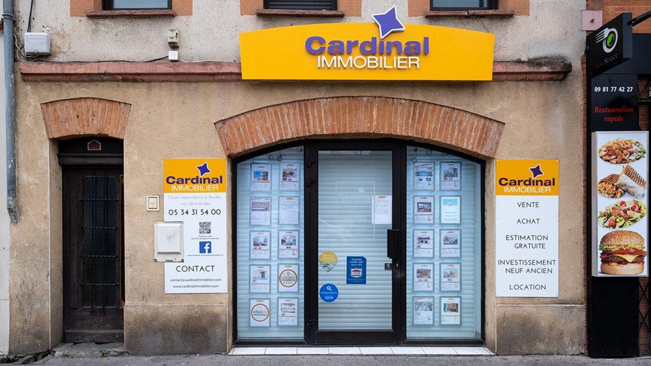 Conformément aux directives du gouvernement, les agences immobilières ont fermé leurs portes.