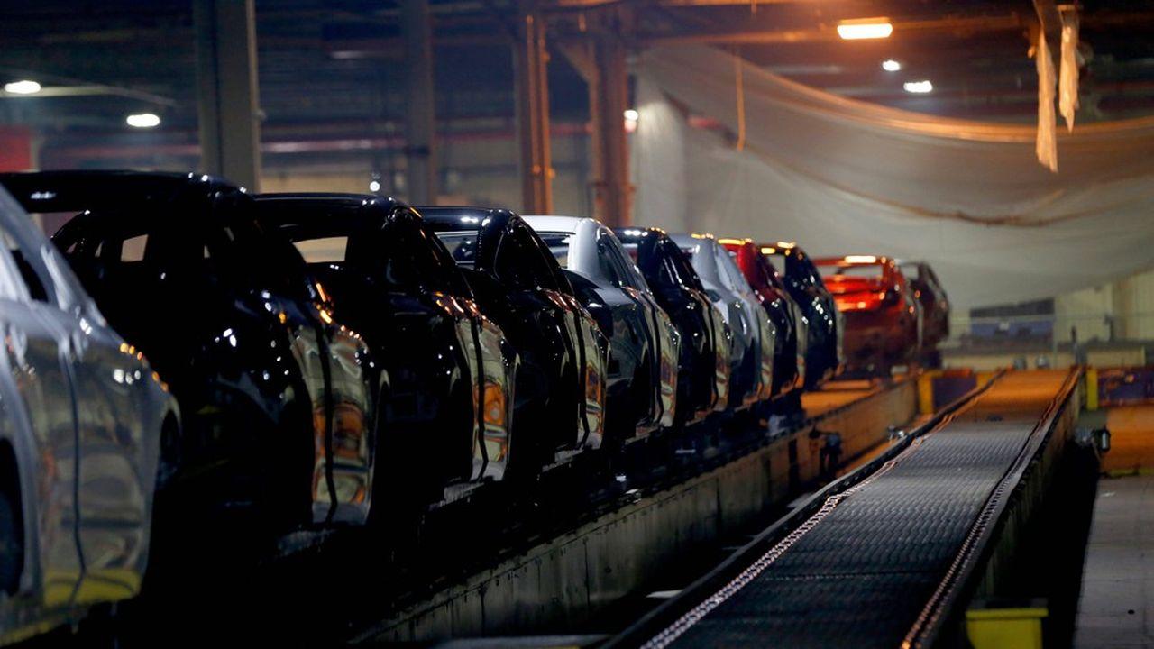 La suspension de la production chez GM et Ford intervient après la découverte d'un cas de Covid-19 dans une des usines de leur concurrent et compatriote Fiat Chrysler, d'après le syndicat automobile UAW.