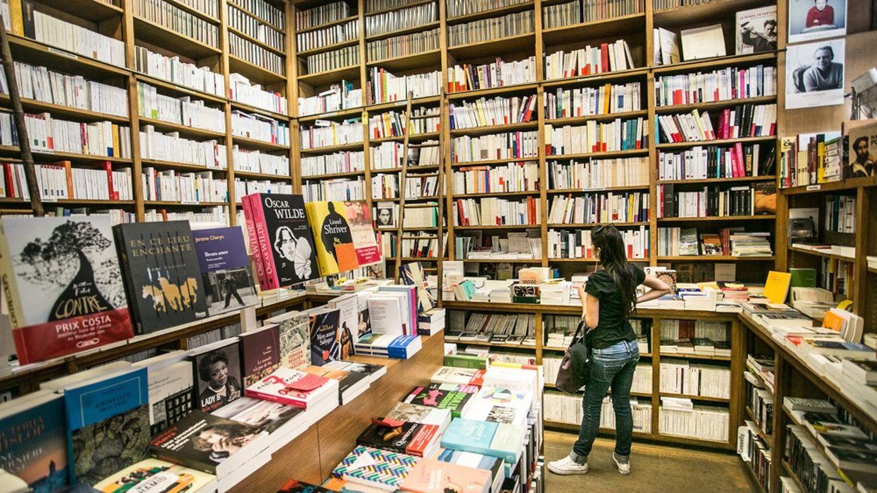 «Les librairies sont un commerce de première nécessité» a déclaré Bruno Le Maire, Ministre de l'Industrie sur France Inter.