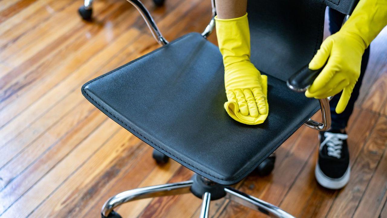 La demande en nettoyage renforcé augmente, mais les préoccupations des salariés concernées aussi.