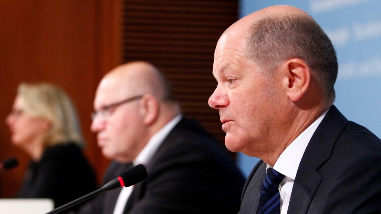 Olaf Scholz a confirmé samedi que le conseil des ministres voterait lundi une rallonge budgétaire de 156milliards d'euros.