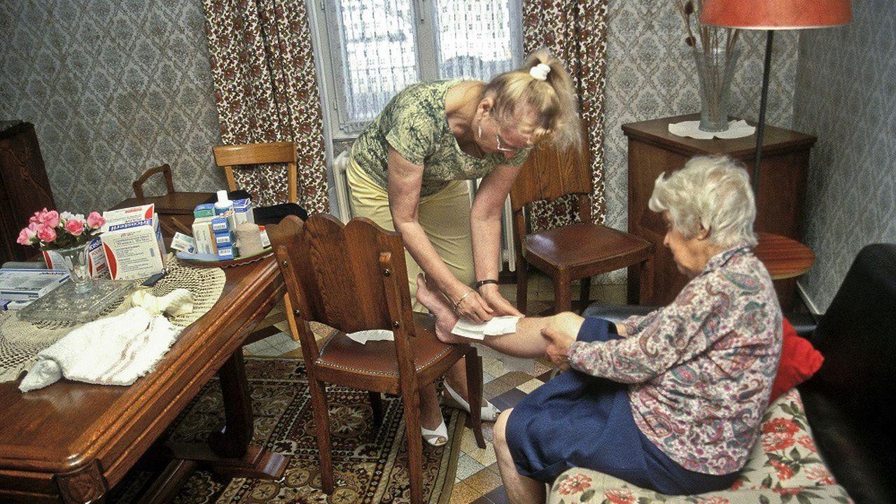 Les professionnels du soin à domicile regrettent de ne pas avoir accès au matériel de protection contre le coronavirus.