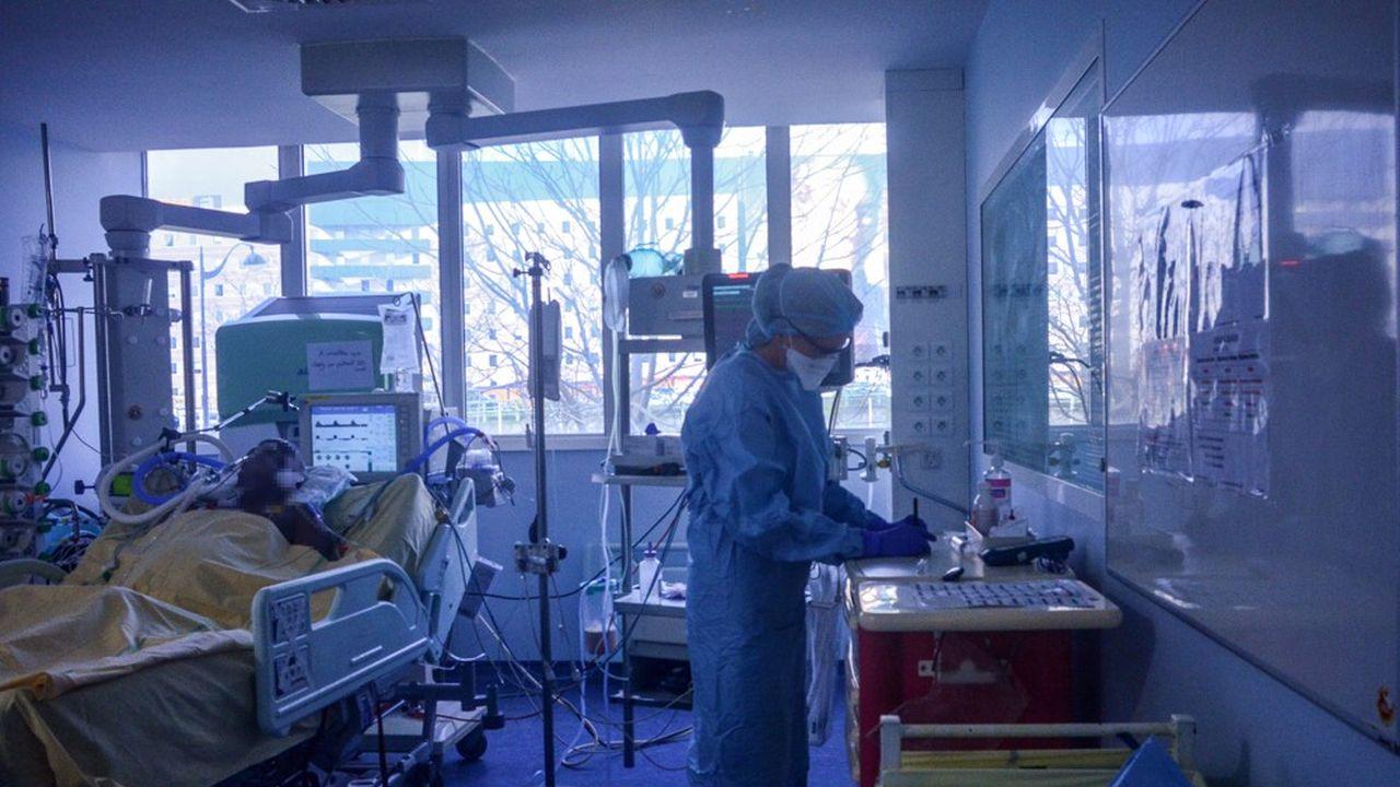 Selon Martin Hirsch, les hôpitaux de l'AP-HP ont dépassé le seuil de 1.600 malades hospitalisés.