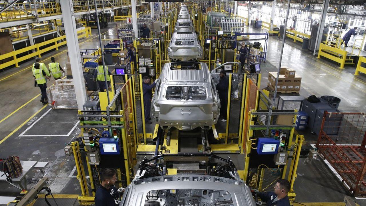 Une ligne d'assemblage dans une usine Ford de Chicago.